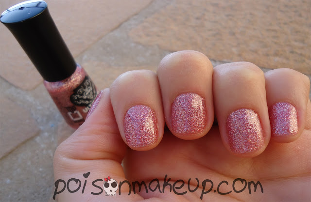 Esmalte fireworks da Top Beauty.