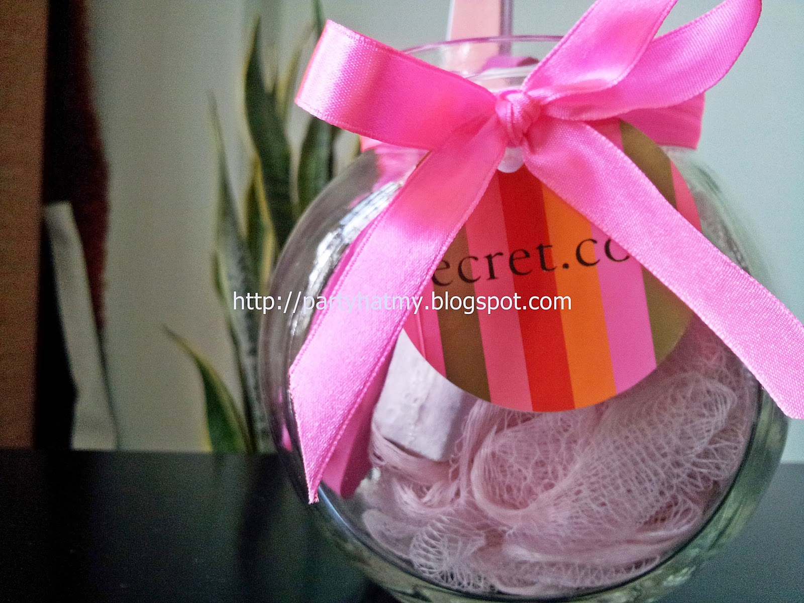 Party Hat: Party Favor: Pink Pedicure Kit in a jar