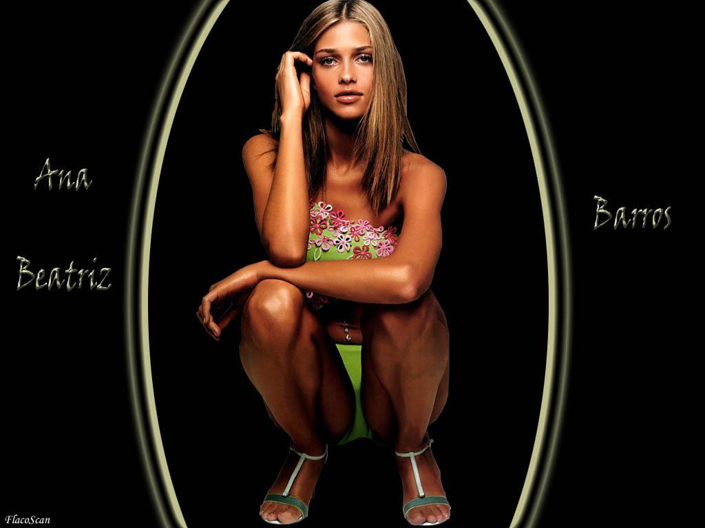 http://1.bp.blogspot.com/-_jocJQ0l-nU/TpAtXV_PHTI/AAAAAAAAAng/tJiuCcjIXEU/s1600/Ana+Beatriz+Barros+5.jpg