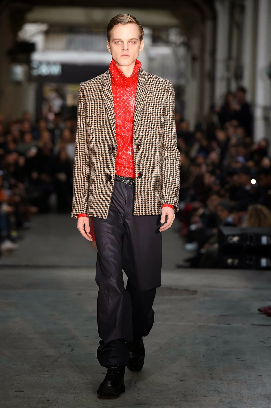Y/Project AW15, Dsquared FW15, Y/Project Fall Winter 2015, Y/Project Autumn Winter 2015, Y/Project, YProject, du dessin aux podiums, dudessinauxpodiums, PFW, mode masculine, mode homme, menswear, habits, prêt-à-porter, tendance fashion, blog mode homme, magazine mode homme, site mode homme, conseil mode homme, doudoune homme, veste homme, chemise homme, vintage look, dress to impress, dress for less, boho, unique vintage, alloy clothing, venus clothing, la moda, spring trends, tendance, tendance de mode, blog de mode, fashion blog, blog mode, mode paris, paris mode, fashion news, designer, fashion designer, moda in pelle, ross dress for less, fashion magazines, fashion blogs, mode a toi, revista de moda, vintage, vintage definition, vintage retro, top fashion, suits online, blog de moda, blog moda, ropa, blogs de moda, fashion tops, vetement tendance, fashion week, Paris Fashion Week