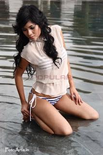 Foto Seksi Putri Anggraini