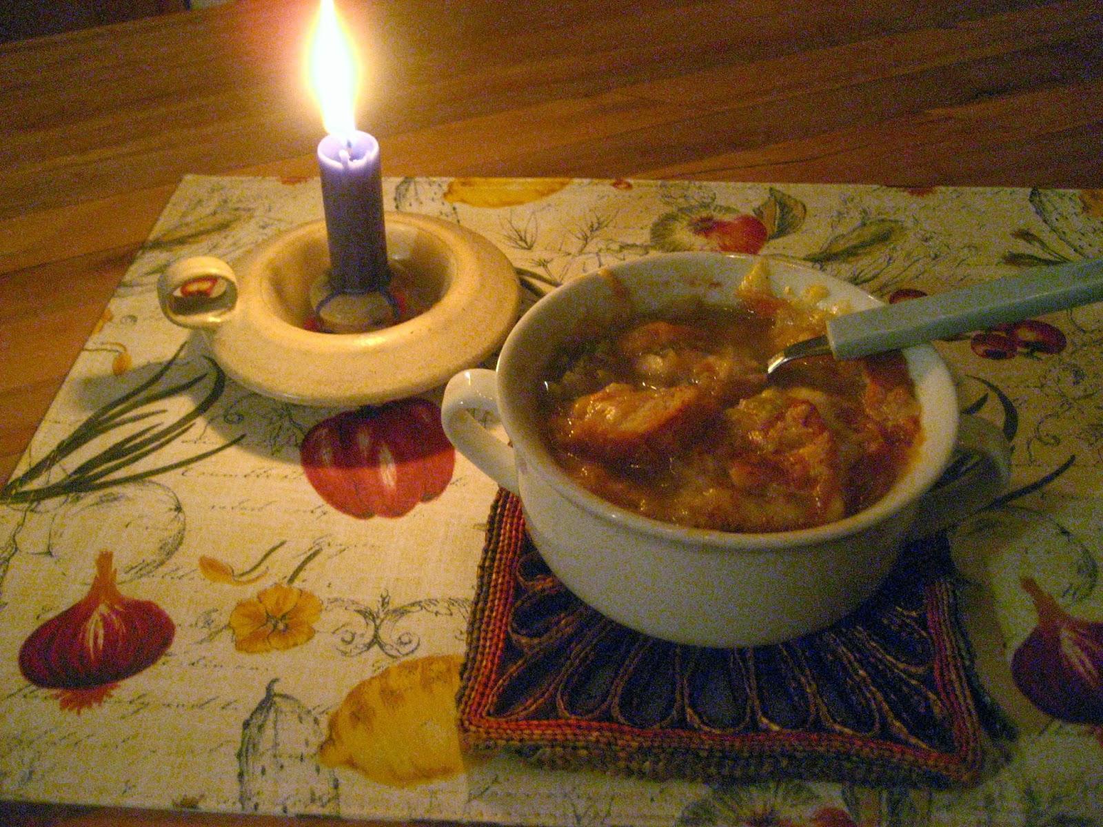 Marie est dans son assiette soupe l 39 oignon gratin e - Soupe a l oignon gratinee ...
