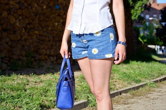 shorts-denim-flores-flowers-margaritas