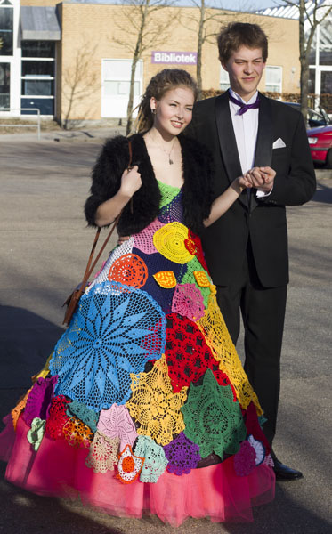 anna april dreadlocks doily prom dress