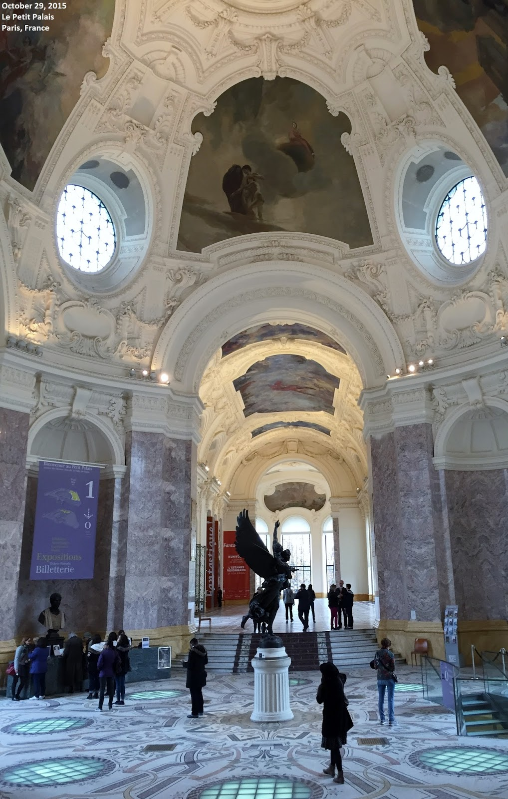 Grand Foyer Et Petit Foyer : Sound and fury signifying nothing au revoir paris