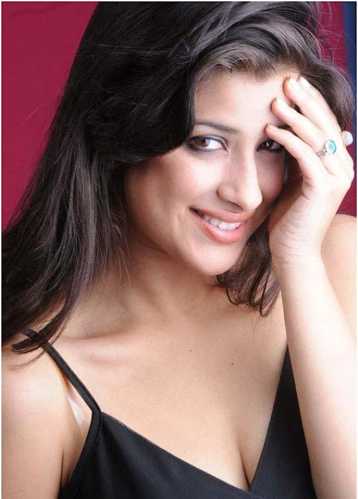 madhurima spicy , madhurima new spicy latest photos