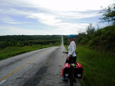 de-cienfuegos-a-trinidad-por-la-carretera-del-sur-en-cuba