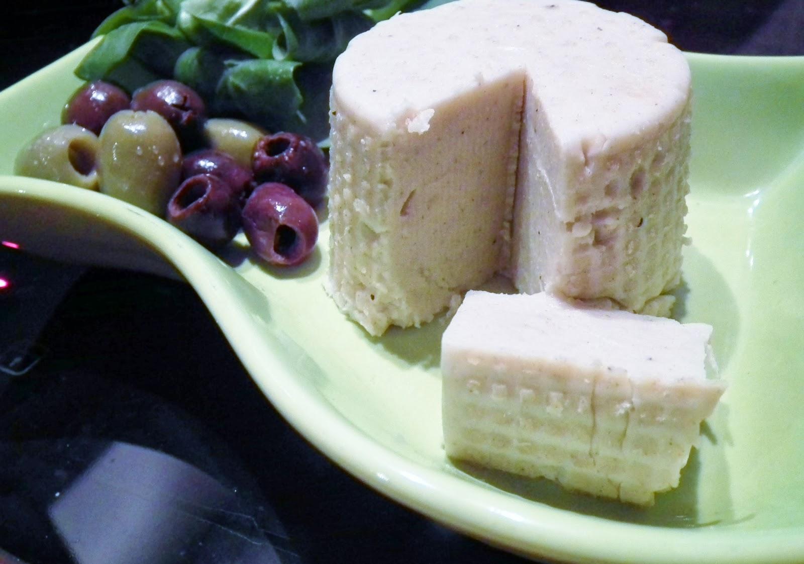 formaggio vegano con yogurt di soia ( fatto in casa )