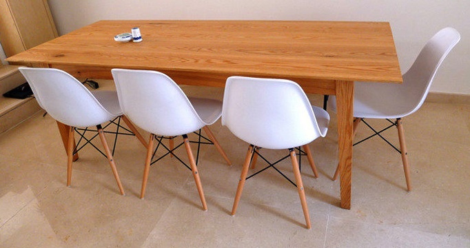 Superb Eames DSW Chair (Replica)