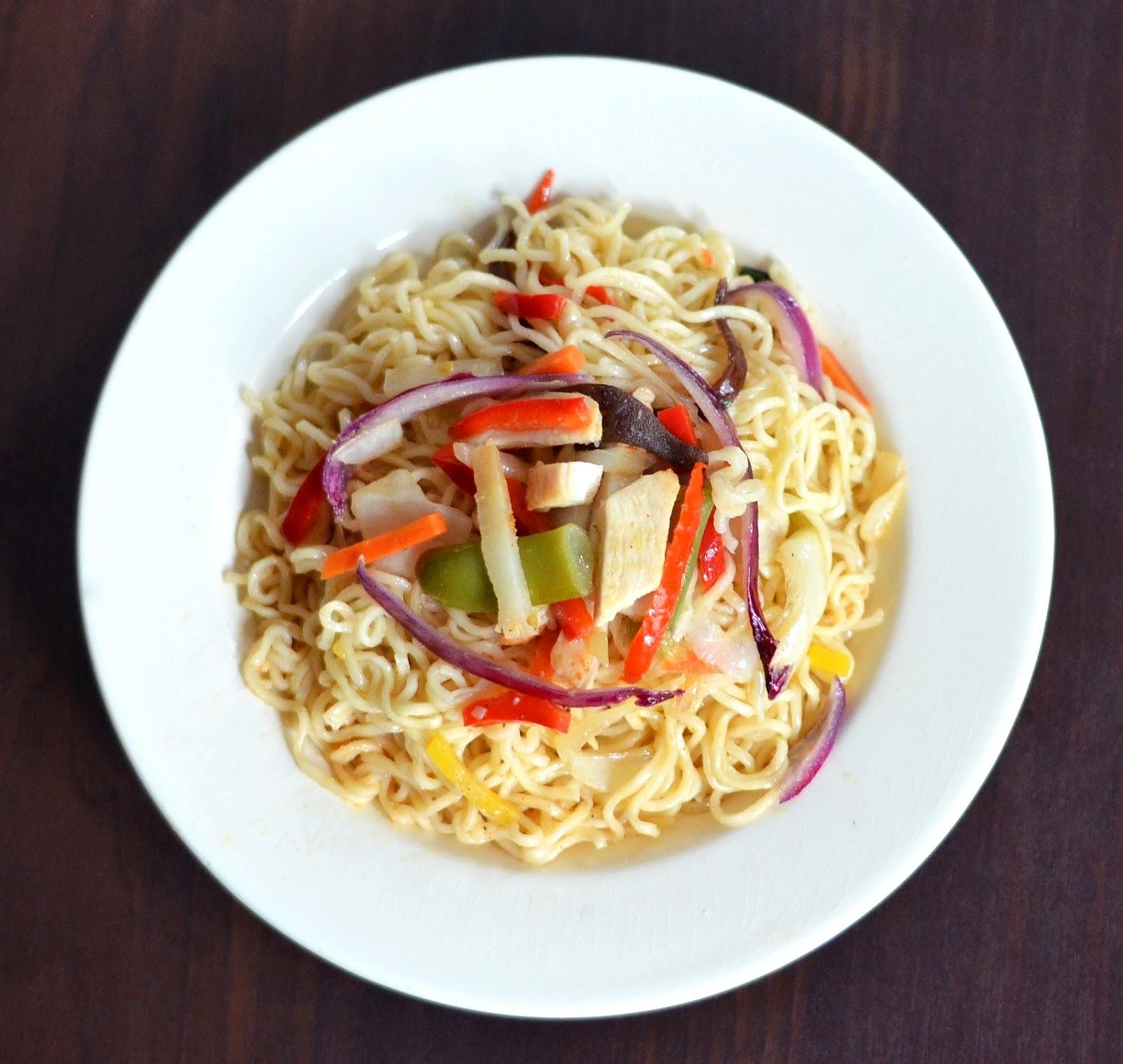 makaron po chińsku z warzywami