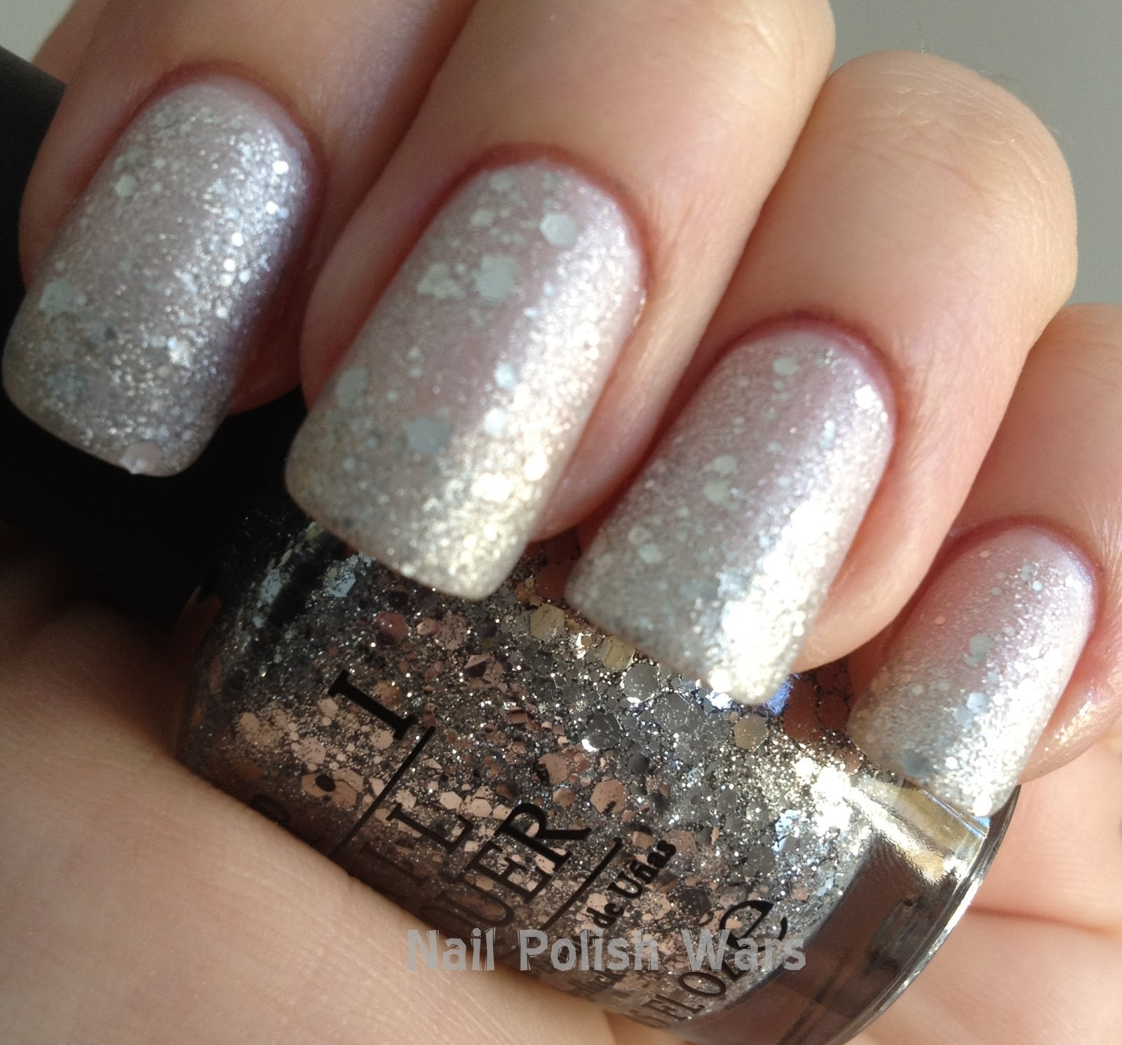 Nail Polish Wars: Frosted Snow Globes!