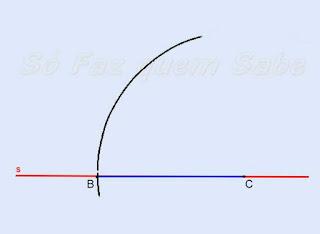 Fazendo um arco de raio BC a partir do ponto C.
