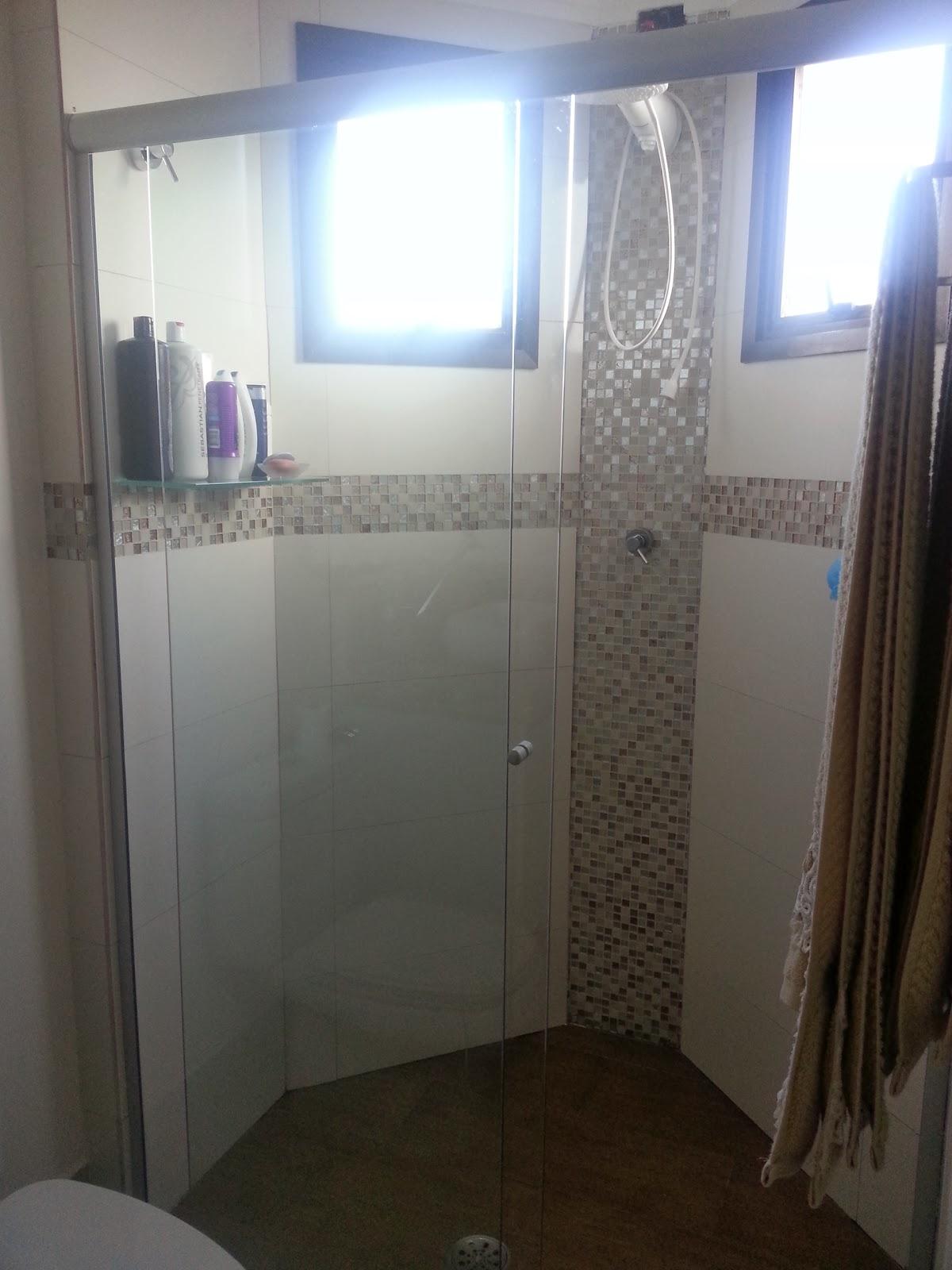 Sim senhora mãe!: Apê Pronto: Banheiros #3D588E 1200 1600