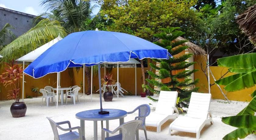 Atoll Beach Inn