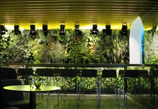Modern vertical garden design home designs plans for Vertical garden design