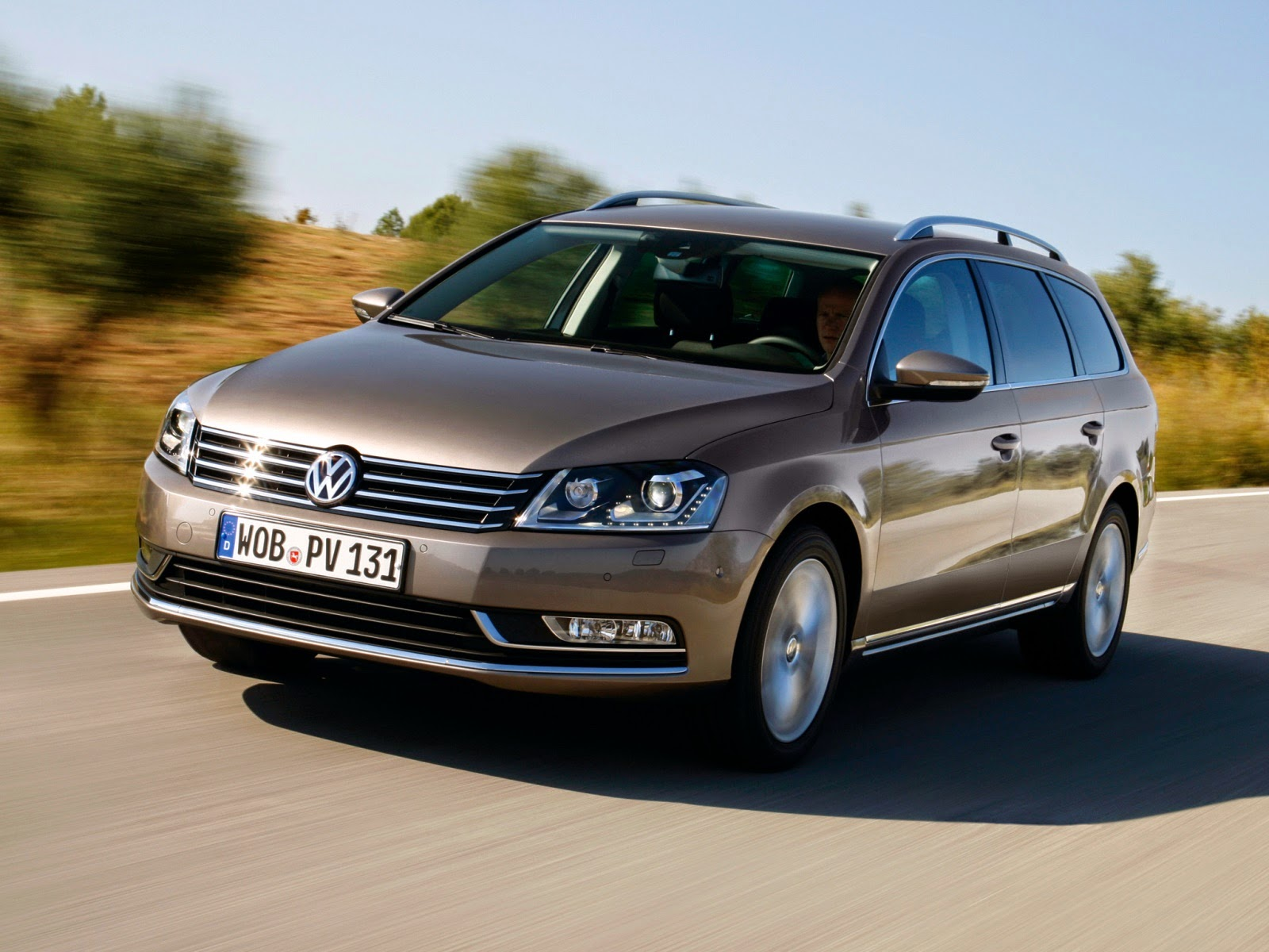 auto review 15 volkswagen passat b7 classy practical and refined. Black Bedroom Furniture Sets. Home Design Ideas