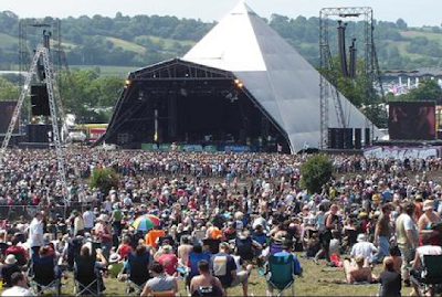 Rock 1on1 - Glastonbury.jpg