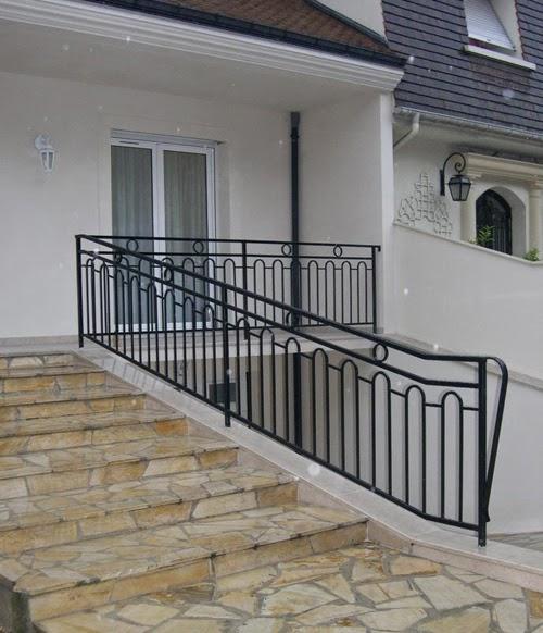 garde corps fer forge metoui meubles 98 237 974. Black Bedroom Furniture Sets. Home Design Ideas