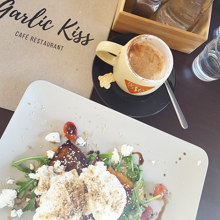 Garlic Kiss, Kirra