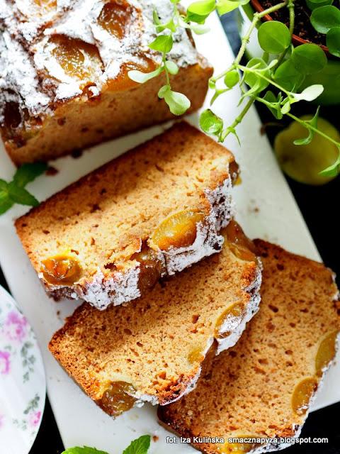ciasto ze śliwkami , ciasto na maśle orzechowym , placek ze śliwkami , ciasto z owocami , deser , moje wypieki , domowe wypieki , masło orzechowe , ulena , śliwki , renklody , cukiernia pyzy ,