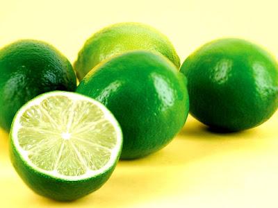 4 loại nước ép chữa viêm họng hạt mãn tính