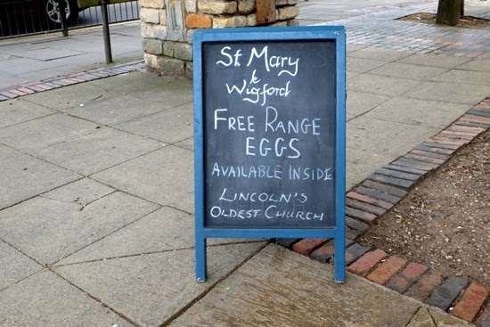 A rather more quaint sign in which some marketing savvy hens tap into Lincoln's history: