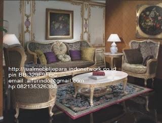 sofa klasik jepara Mebel klasik jepara sofa tamu klasik ukir sofa tamu klasik jati sofa tamu klasik modern sofa tamu klasik duco jepara mebel jati klasik jepara SFTM-33019 sofa tamu set klasik french style