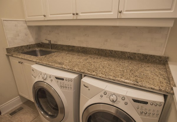 Oakville Laundry Room