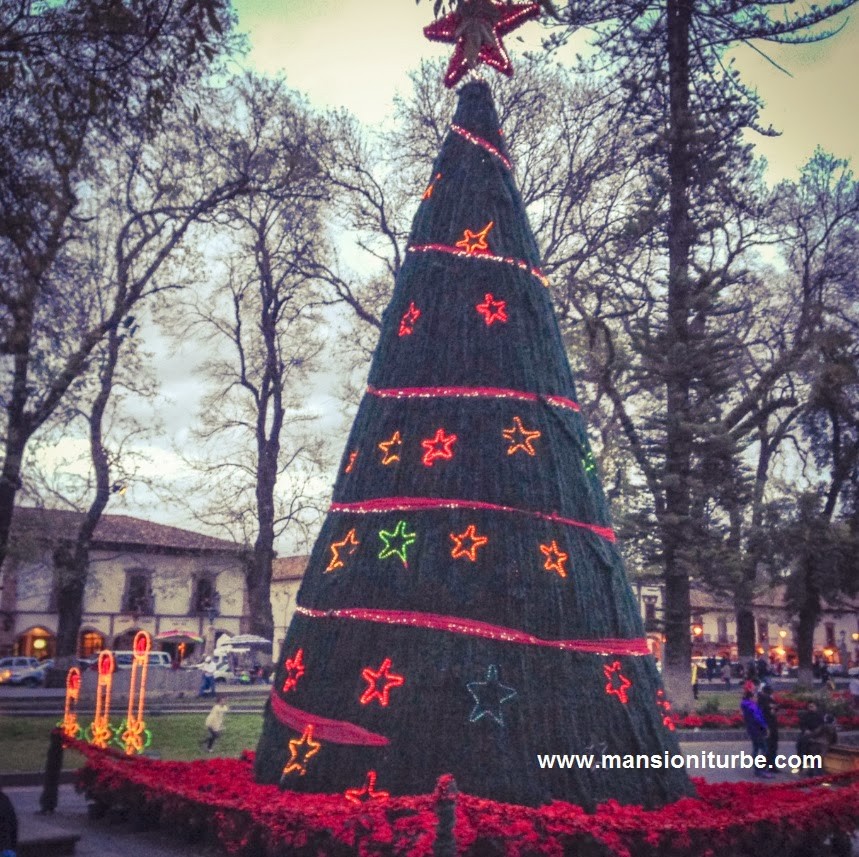 Mexican Christmas Decorations in Patzcuaro