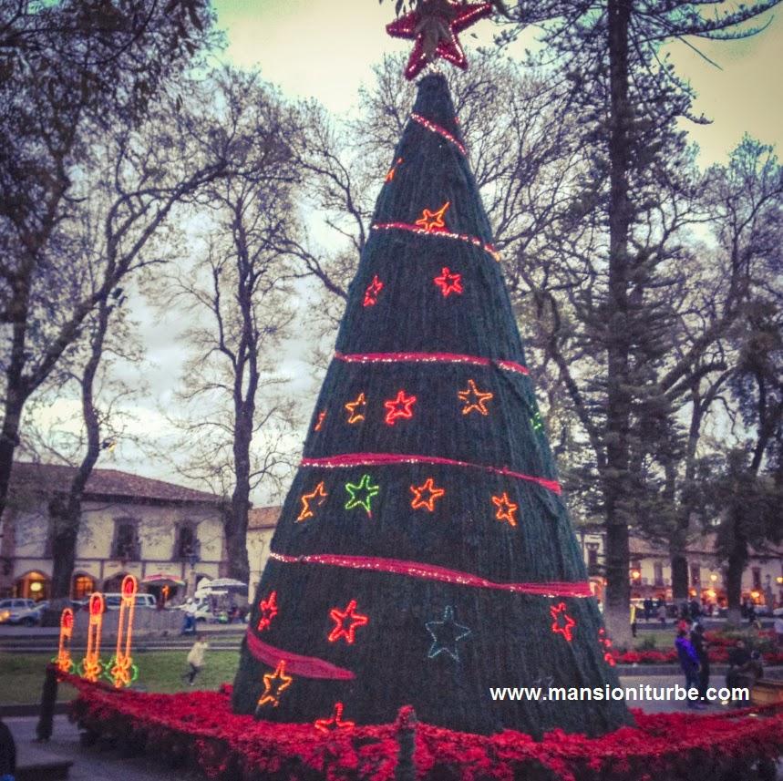 Arbol de Navidad en Patzcuaro