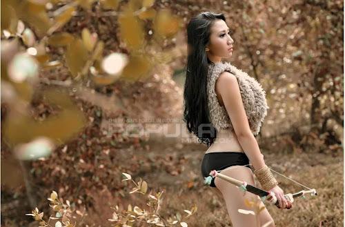 Model Seksi Ade Sagita di Majalah Popular