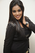 Actress Poorna latest photos-thumbnail-11