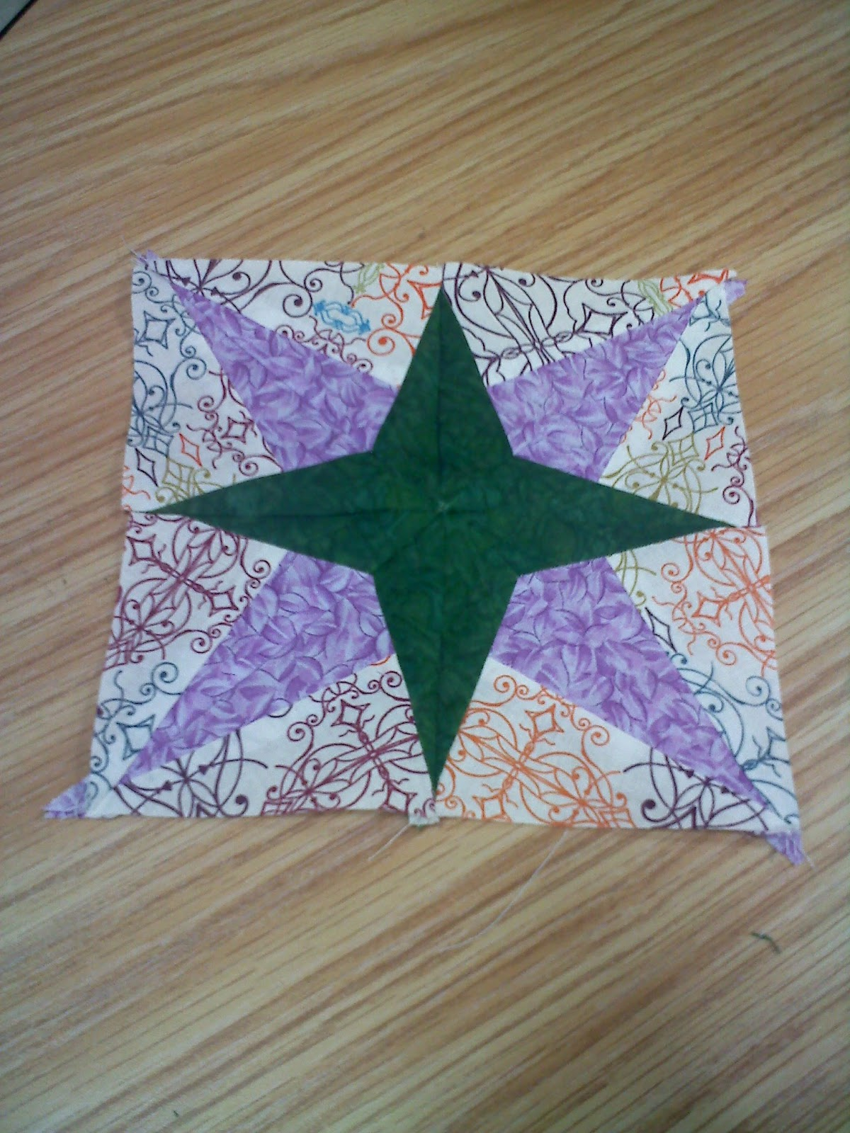 Quilt Paper Piecing Patterns For Beginners : Quilt Addicts Anonymous: Paper piecing is great for beginner quilters