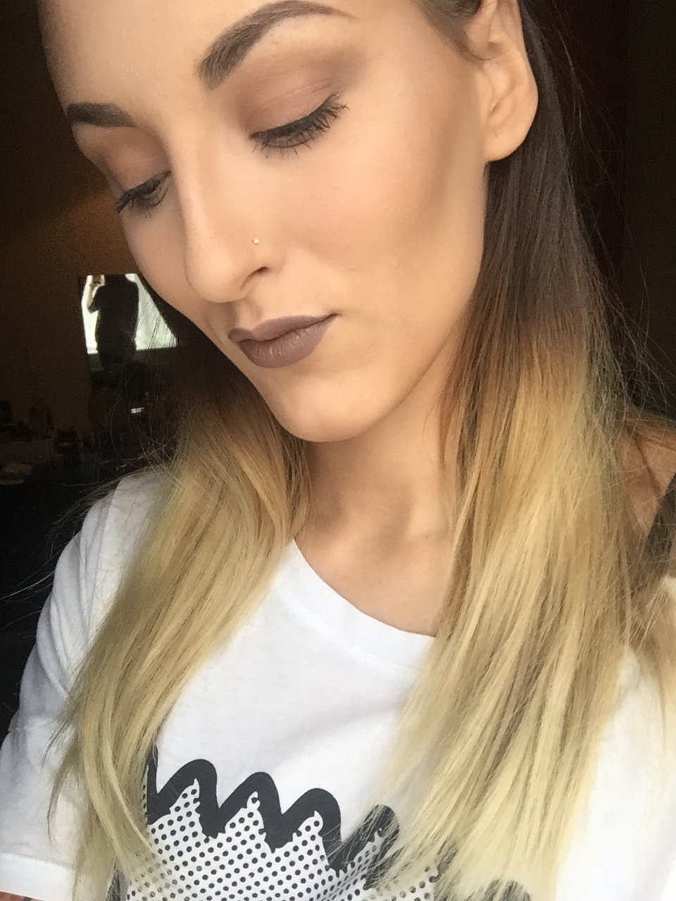 diary and confessions of a make up addict mac stone lipliner makeup look. Black Bedroom Furniture Sets. Home Design Ideas