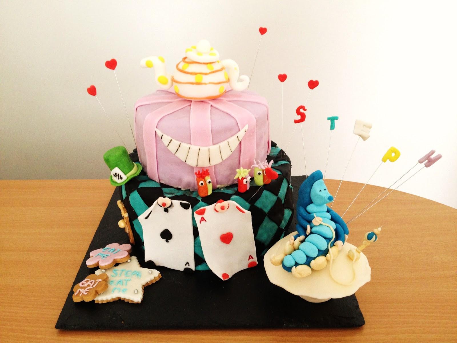 Gateau Alice Aux Pays Des Merveilles en ce qui concerne fabtastic cakes: gâteau alice au pays des merveilles
