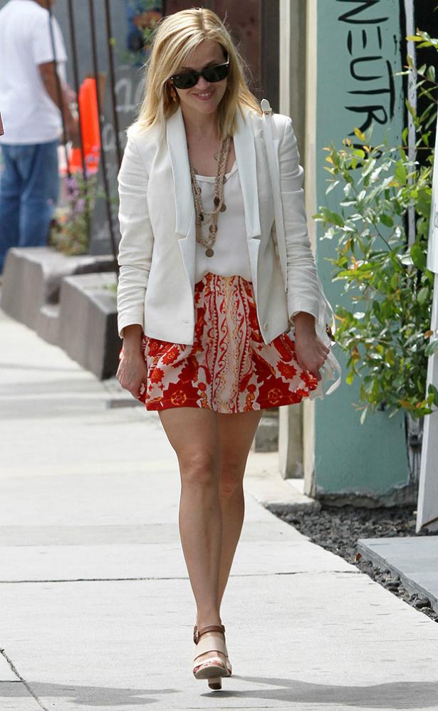 Reese Witherspoon tiene cuidado con los malos aires