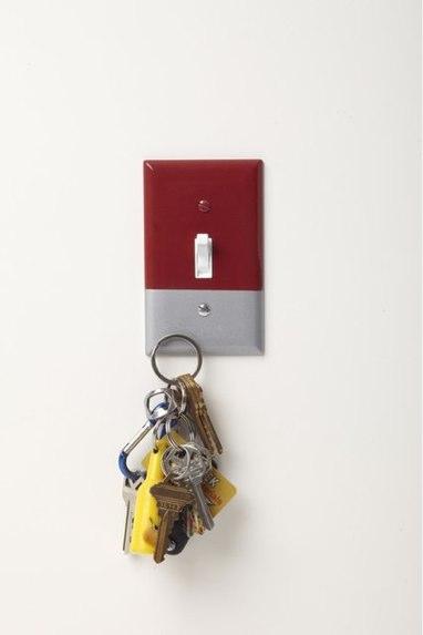 Capa de interruptor magnética para guardar chaves