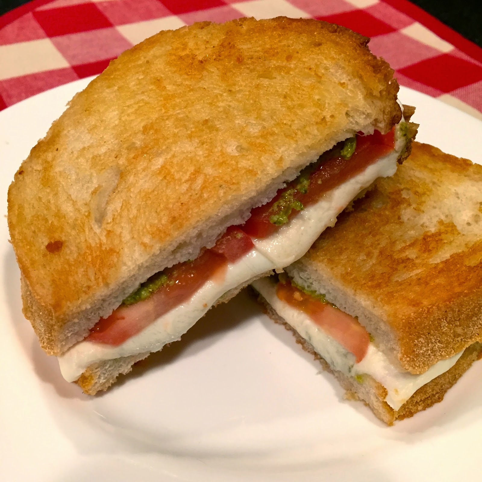 grilled cheese who doesn t love grilled cheese sandwiches if grilled ...
