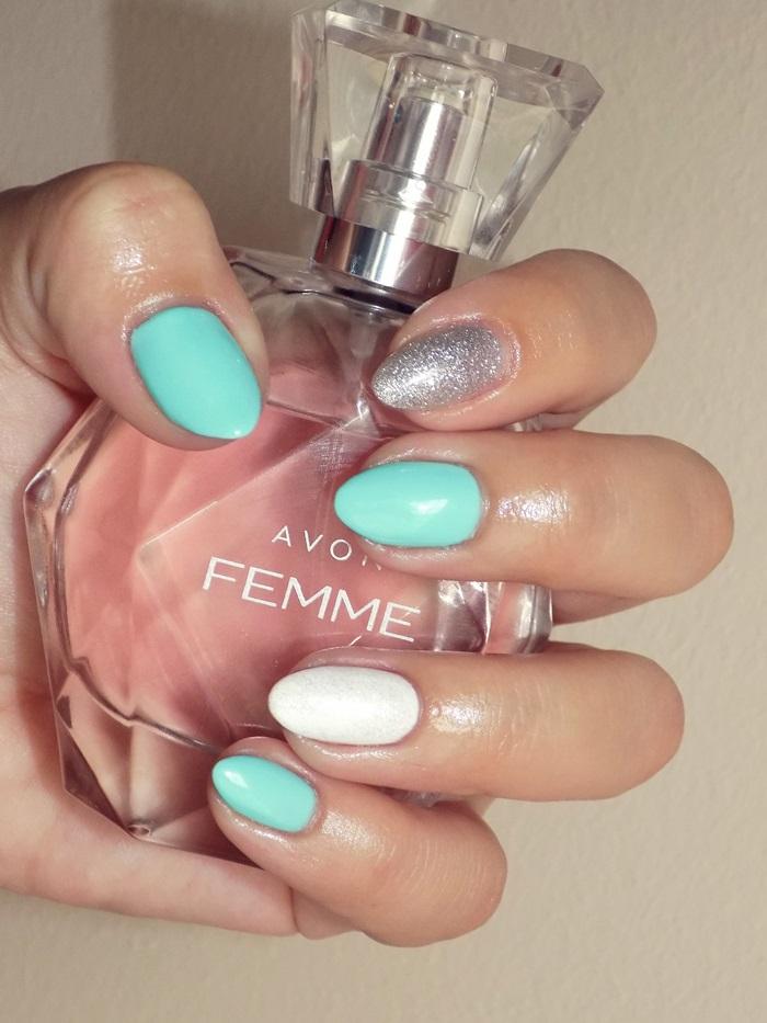 Manicure hybrydowy White& Mint & Brokat:)