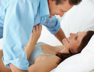 Posisi misionaris untuk cara cepat hamil
