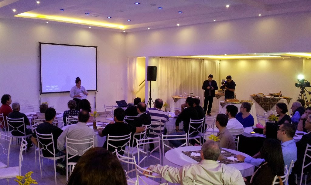 001 Cristina Andriolo do Sebrae apresenta inicio Planejamento Estrategico 2015