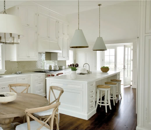 Coastal style hamptons style for Hamptons decor