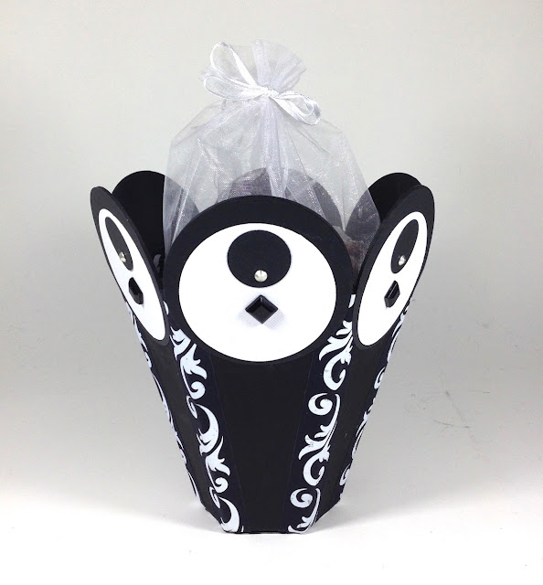 black and white handmade gift basket lisa fulmer