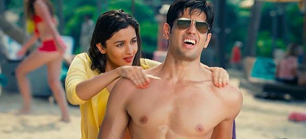alia bhatt bikini scene 2