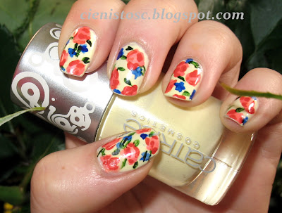 "Vintage Floral Nails na tle Catrice Candy Shock ""Vanilla Love"""