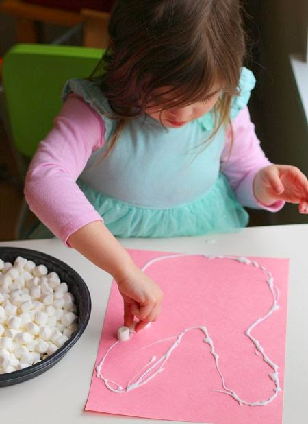 http://www.notimeforflashcards.com/2014/03/marshmallow-easter-bunny-craft.html