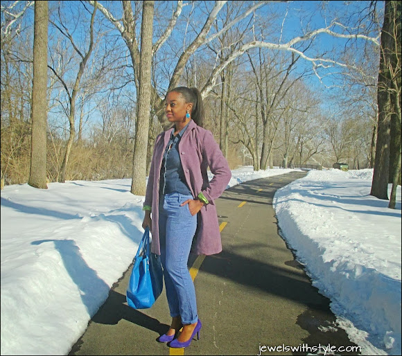 analogous color outfit, jewels with style, combining colors in your wardrobe,  color mixing, the color wheel, winter coat, blue outfit, winter style, nine west heels, m renee design, jean on jean