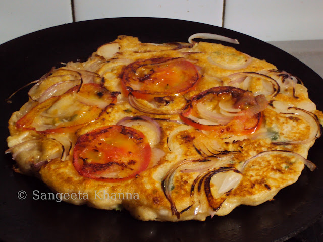 A flatbread made on griddle ... my improvised focaccia..