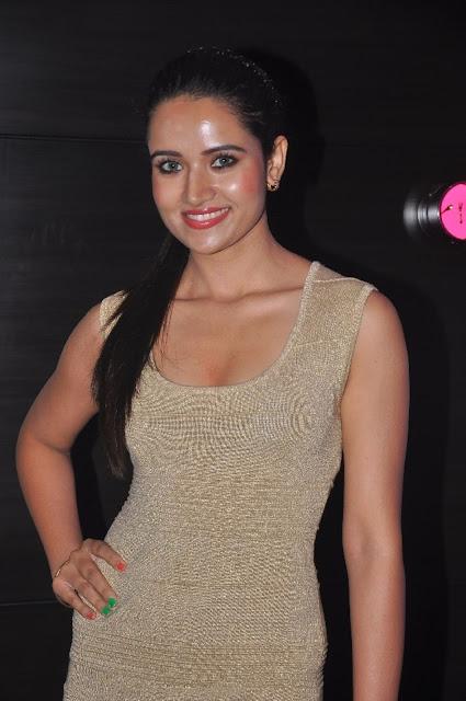 Actress Sunita Hot Pics At SIIMA Awards