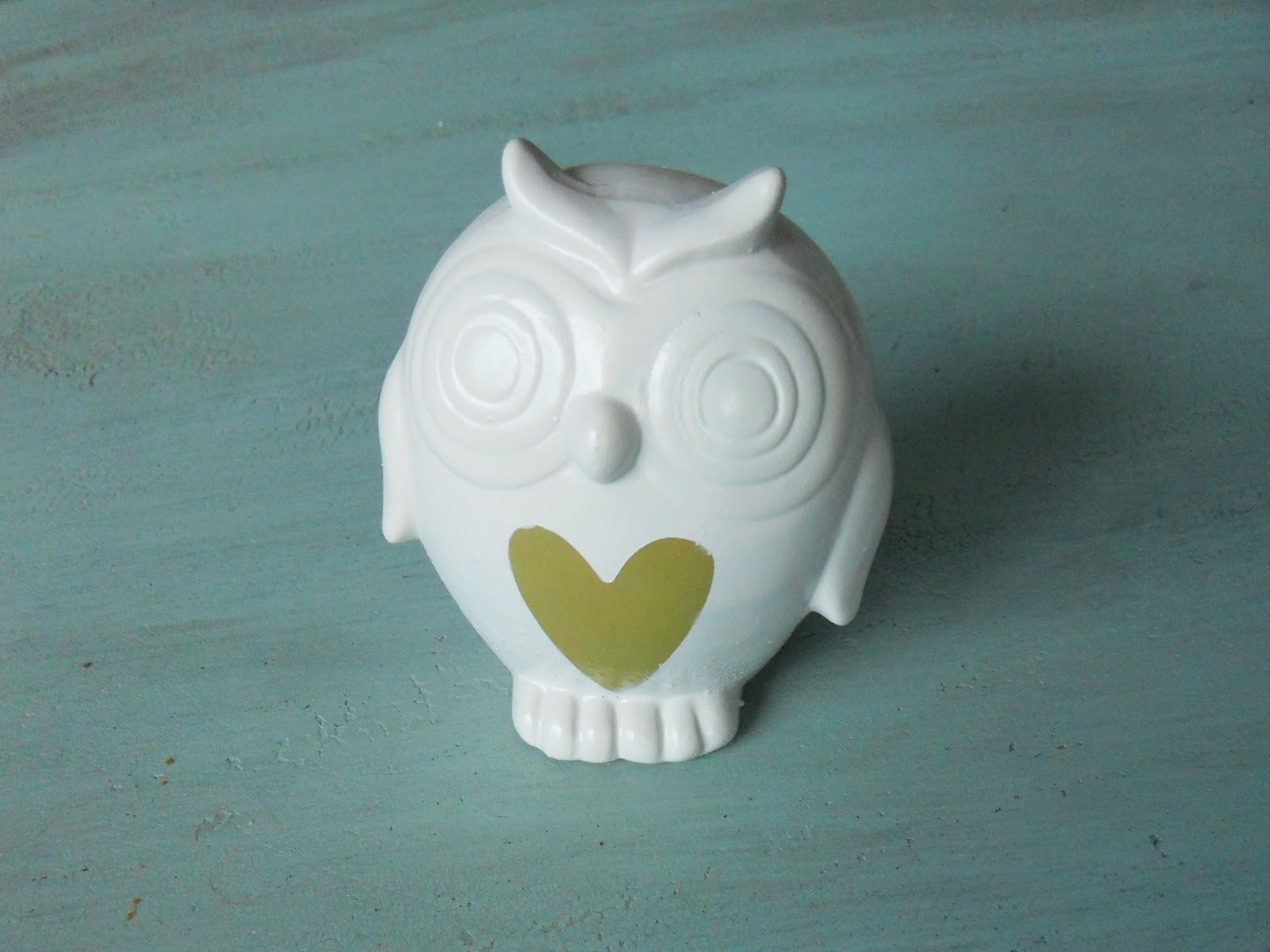 dollar-store-owl-makeover